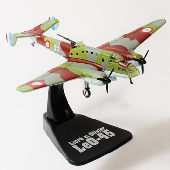 ATLAS | LIORE ET OLIVER LeO-45 'ARMEE DE L'AIR' 1942 | 1:144