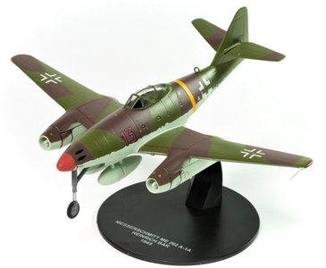 ATLAS | MESSERSCHMITT Me 262 A-1A 'HENRICH BAR' 1945 | 1:72