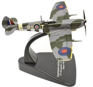 OXFORD | SUPERMARINE SPITFIRE LF MK IXE 443 SQN RCAF BELGIUM 1945 | 1:72