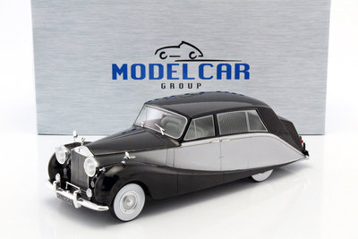 MODELCAR GROUP - ROLLS ROYCE SILVER WRAITH EMPRESS BY HOOPER (black/silver) 1956 - 1:18